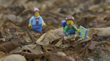 lego-hikers-3k