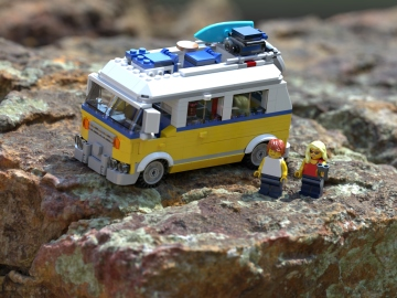 lego-surfer-van-4k